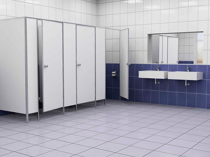 фото №30 - серия СТАНДАРТ, перегородки для туалета ТИП 2 (от стены с углом) ЛДСП 16 мм, обрамление панелей и дверей алюминиевым профилем, цвет ЛДСП белый, фурнитура металл
