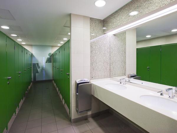 фото №4 - серия СТАНДАРТ, перегородки туалетные ТИП 1 (фасад от стены до стены) ЛДСП 16 мм, стандартные размеры кабины: 2000 х 1200 х 900 мм
